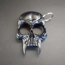 Black Fang Skull Key chain