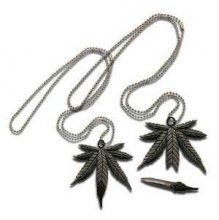 Pot Leaf Necklace Knife ON SALE